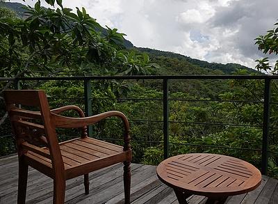 balcony_1_mbeliling_ecolodge_flores_indonesia