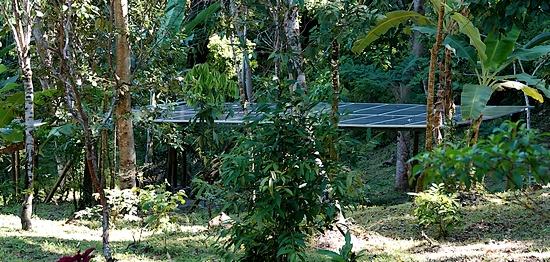 solarpannel_1_mbeliling_ecolodge_flores_indonesia